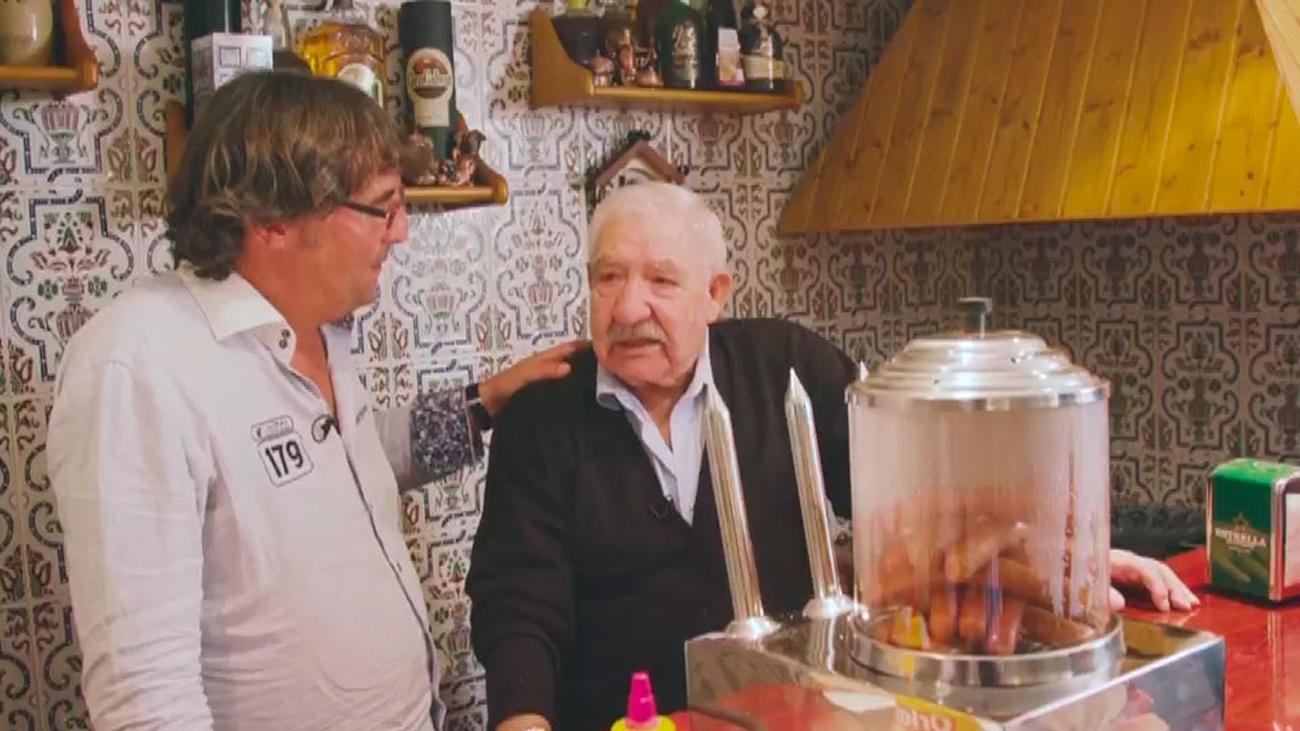 """La máquina de perritos, un invento """"made in"""" Arroyomolinos"""