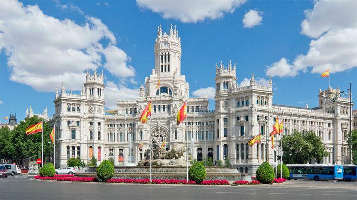 Edificios emblemáticos de Madrid apagarán sus luces en 'La Hora del Planeta'