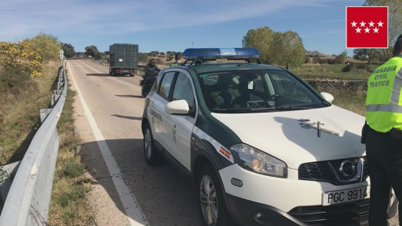 Un motorista muerto y otro grave en sendos accidentes en la M-521 y M-625