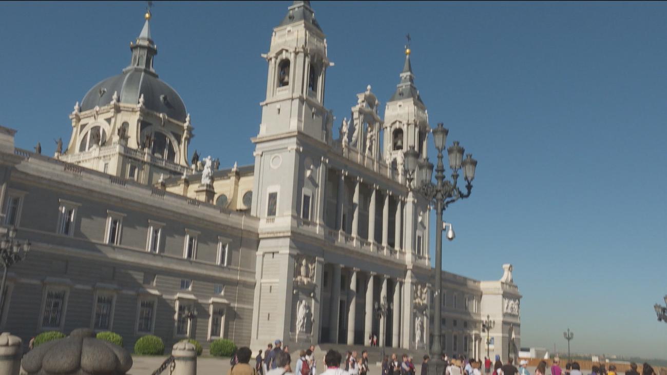 El Gobierno reformará la ley para que Franco no sea inhumado en La Almudena
