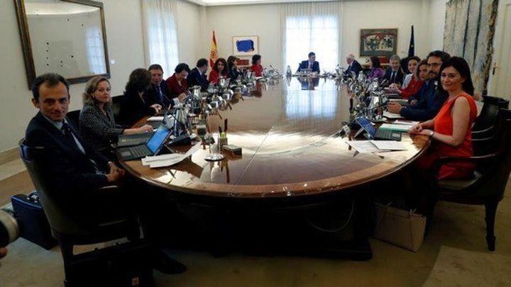 Gobierno aprueba hoy un decreto sobre hipotecas y trámites para exhumar a Franco