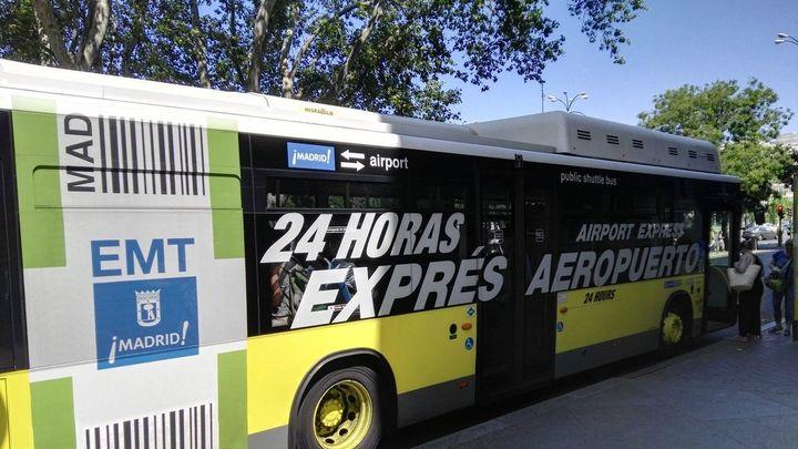 La línea Exprés de la EMT a Barajas probará el pago con el móvil