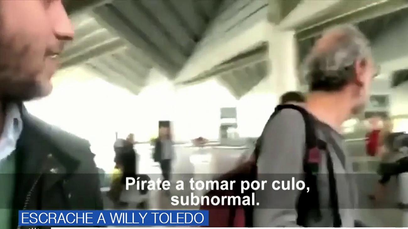 Las reacciones del vídeo del acoso de dos jóvenes a Willy Toledo