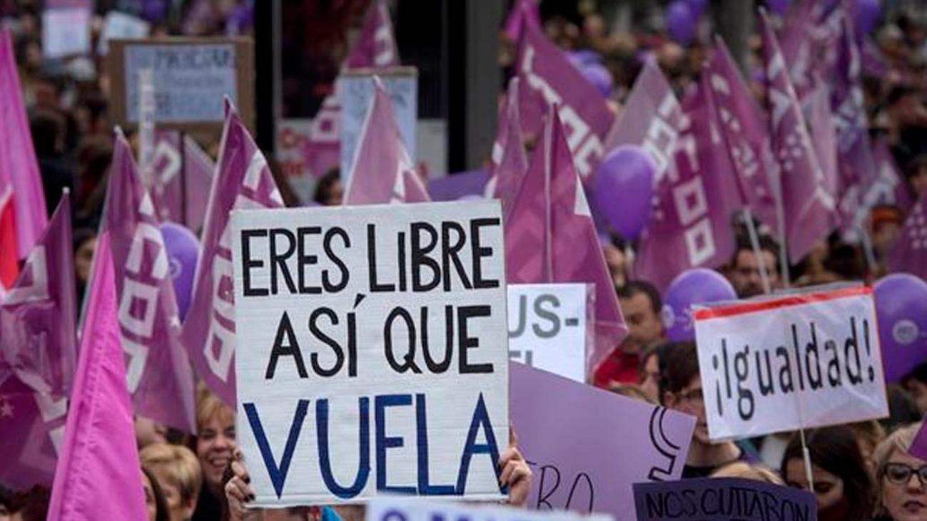 """Huelga estudiantil al grito de """"fuera el machismo de las aulas"""""""