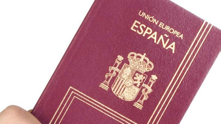 Los ciudadanos comunitarios solo podrán viajar al Reino Unido con pasaporte a partir de hoy