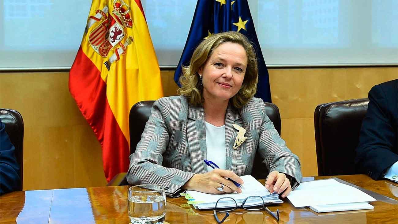 """ElGobierno respalda a Calviño y dice que la imagen del Ejecutivo """"está intacta"""""""