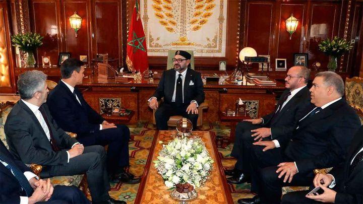 Mohamed VI recibe a Pedro Sánchez en el Palacio Real de Rabat