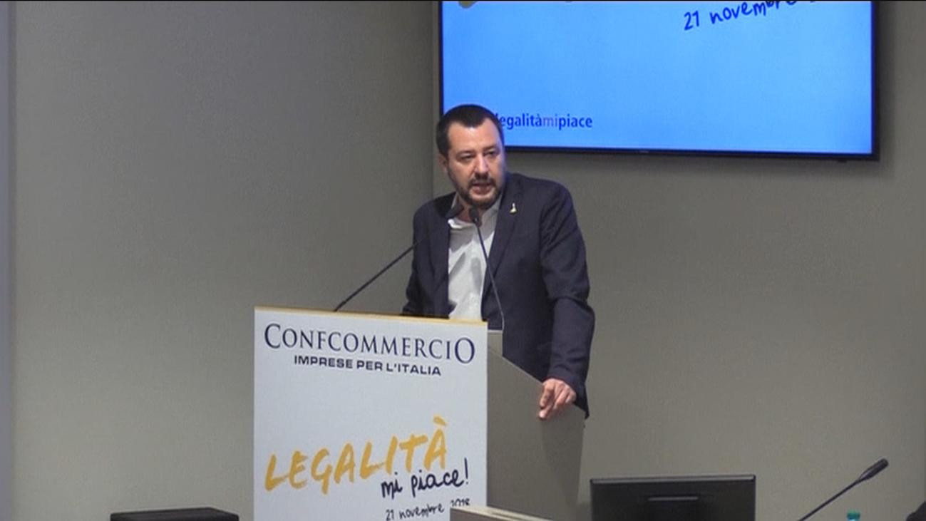 Bruselas pide abrir un procedimiento de déficit excesivo a Italia