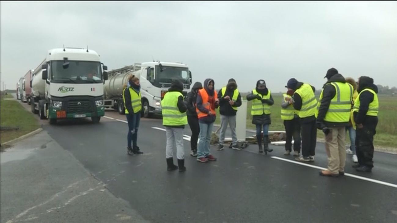 Los transportistas piden a los gobiernos que actúen ante el caos en las carreteras francesas