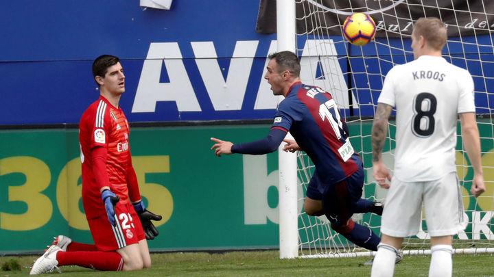 3-0. El Real Madrid, goleado por el Eibar
