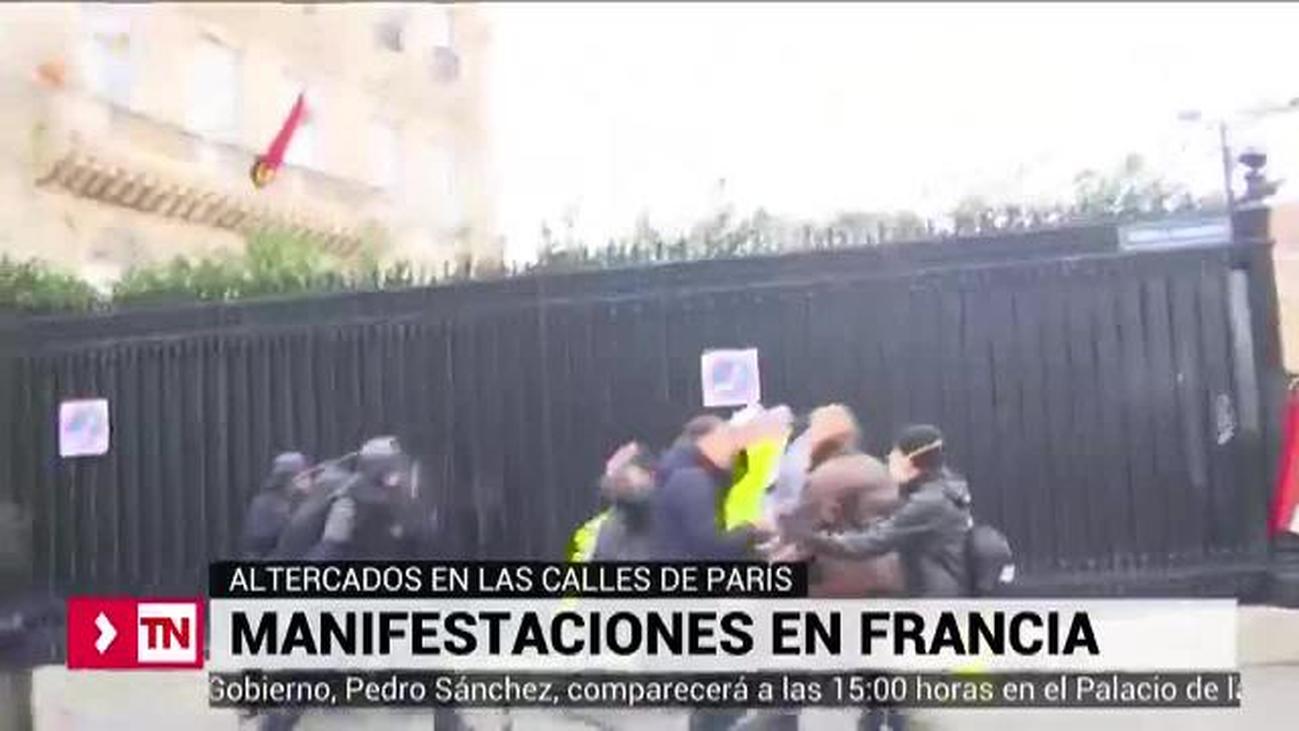 Disturbios en París durante la manifestación contra el alza de los carburantes