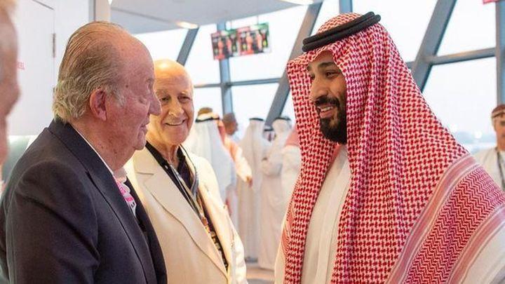 Controvertida foto del rey Juan Carlos con el príncipe heredero saudí