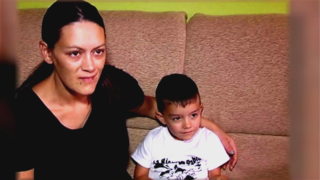 Condecoran a Lucas, el niño de 4 años que salvó a su madre llamando al 112