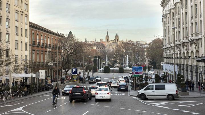 El 64% de los madrileños, a favor de restringir el tráfico en el centro