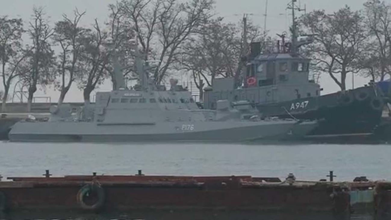Moscú retiene los tres buques de la Armada ucraniana interceptados