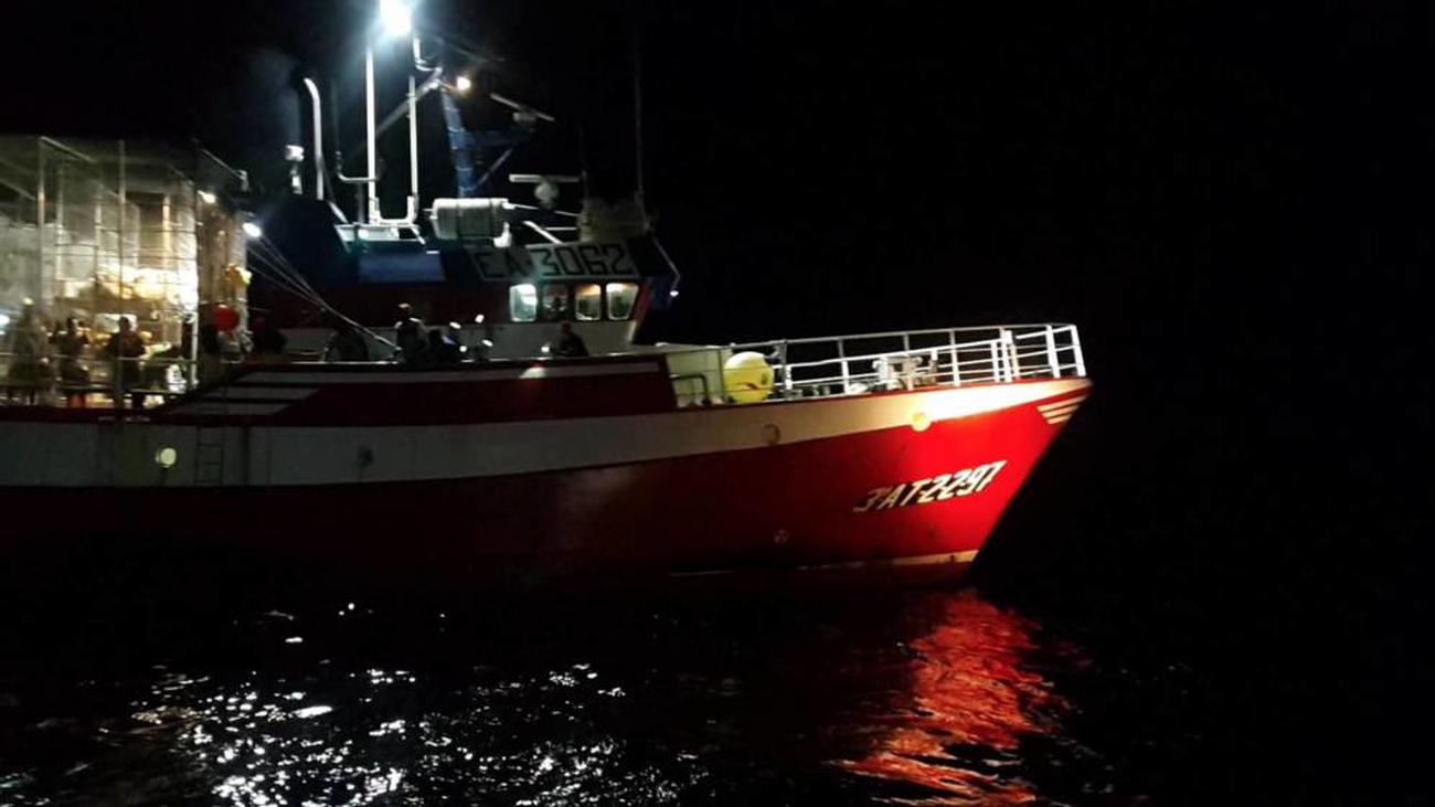 """Tripulación del Loreto: """"Empiezan a creer que España les ha abandonado"""""""