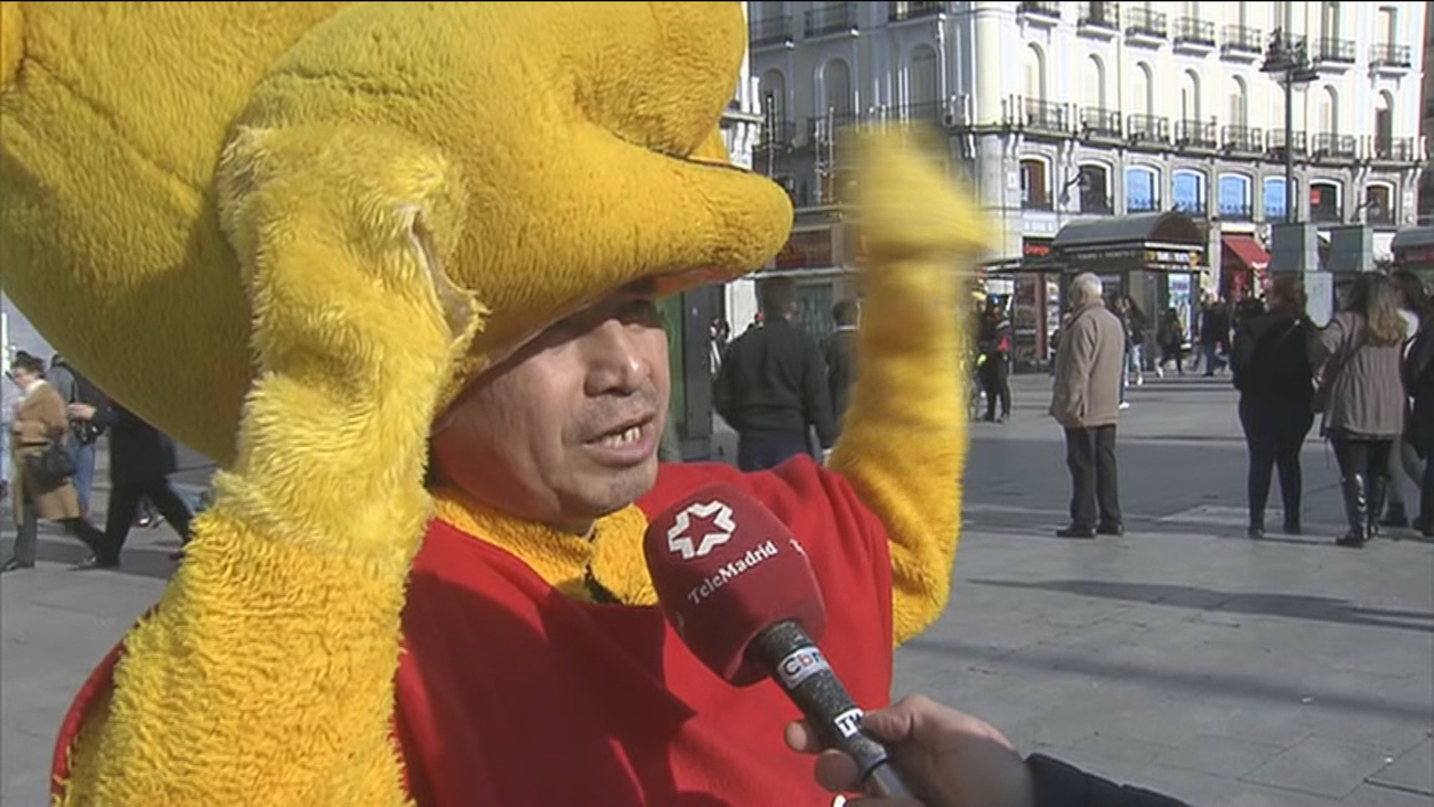 """El Winnie The Pooh de Sol: """"Vino la policía y me pidieron que me retirara"""""""