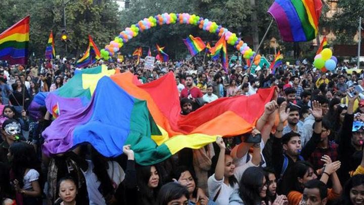 Sale el primer arcoíris en Delhi desde la despenalización de homosexualidad
