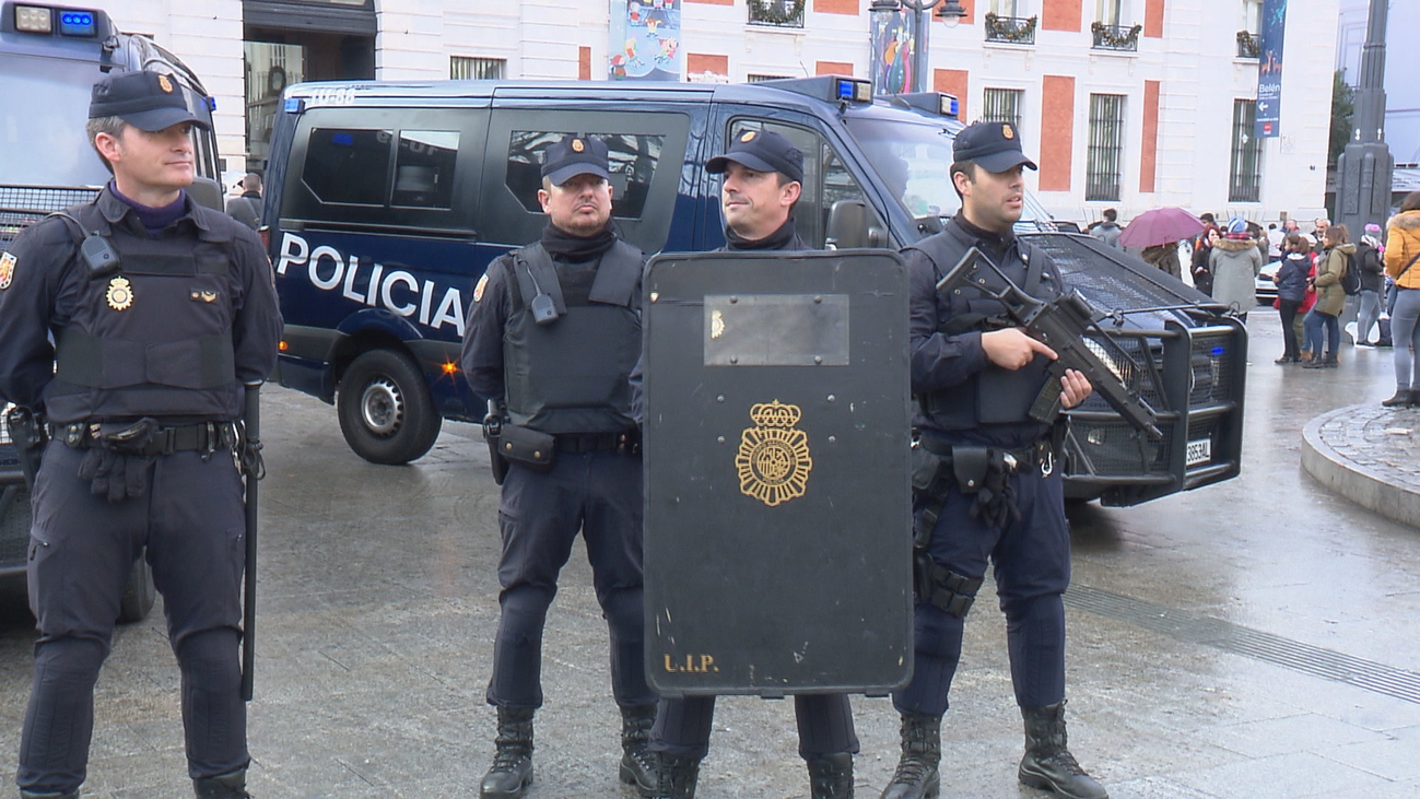 Más patrullas y agentes en la calle reforzarán la seguridad durante la Navidad en Madrid