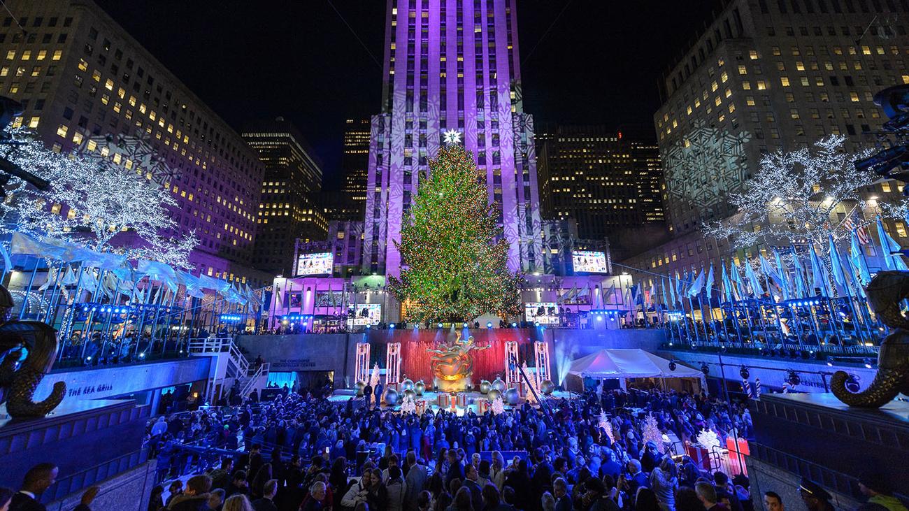 Encienden el árbol de Navidad más popular en EEUU