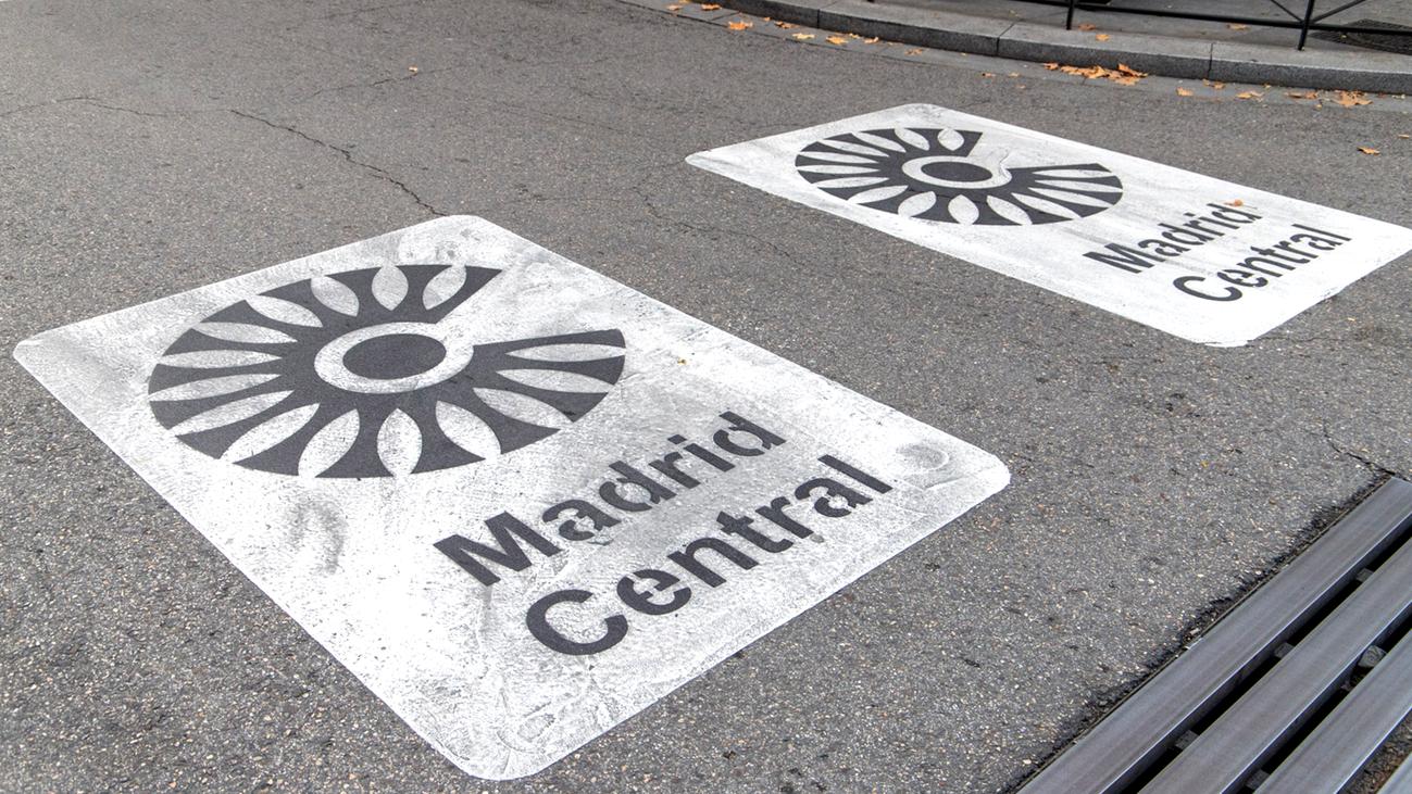 Primeras horas de Madrid Central con limitaciones al tráfico privado en la capital