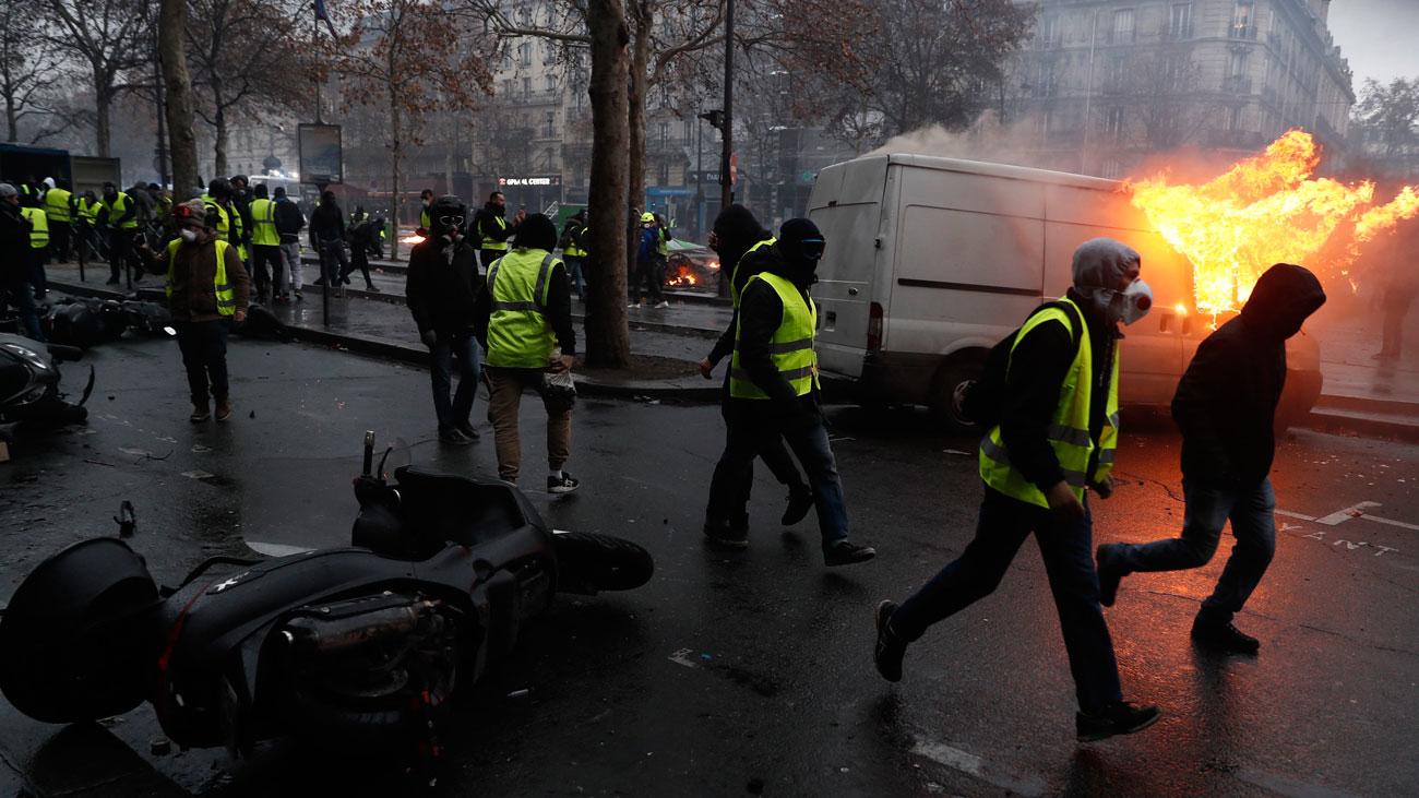 Incidentes en las tercera marcha de 'chalecos amarillos' en París