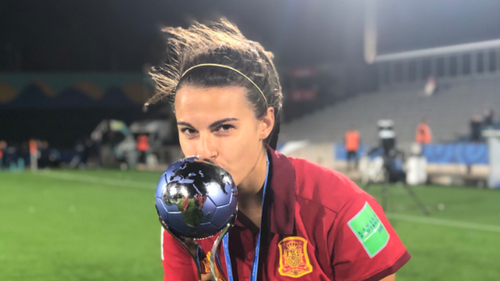 """Irene López: """"Hemos hecho historia en el fútbol femenino"""""""