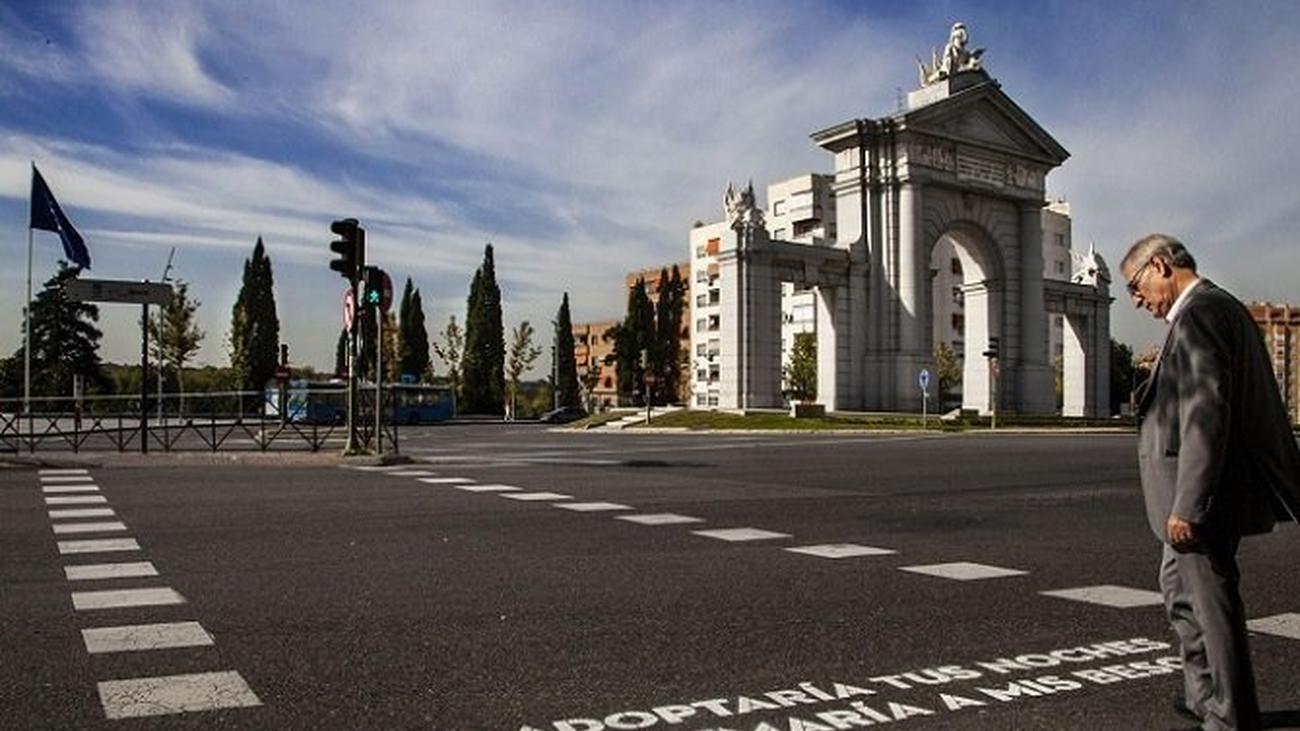 Último 'verso al paso': 1.100 poemas pintados en la ciudad de Madrid