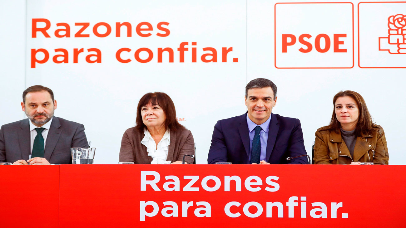 Ábalos dice ahora que el PSOE no pedirá la dimisión de Díaz y que tiene todo su apoyo