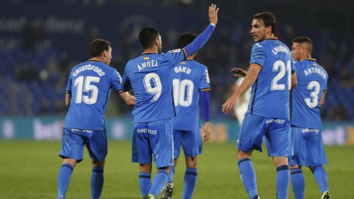 Tercer gol de Ángel al Córdoba (5-1)