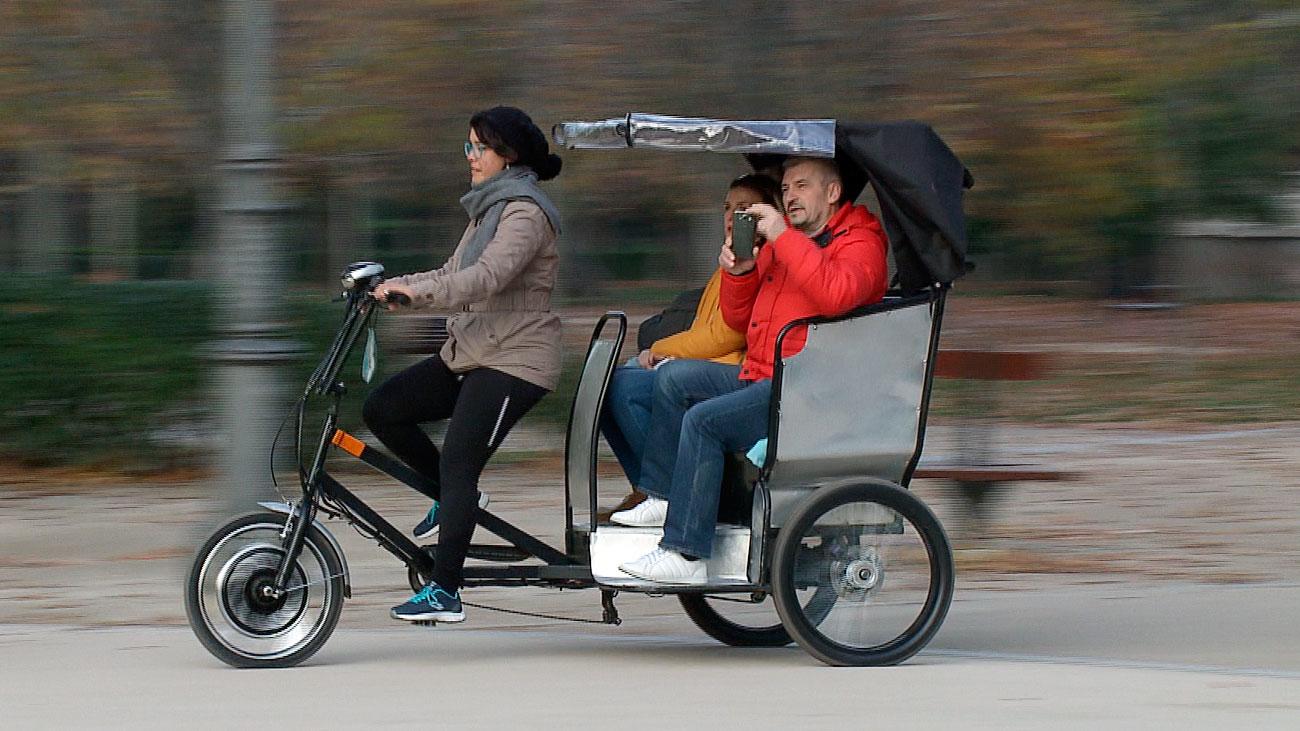 Triciclos de paseo en el Retiro