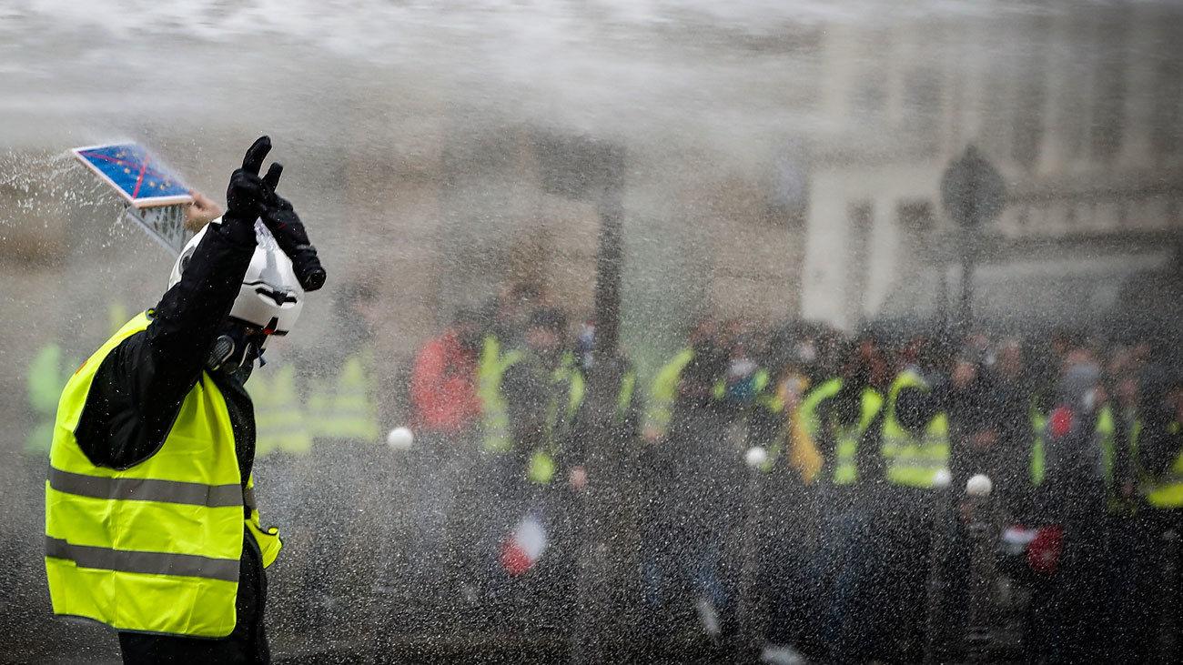"""Detenidas en Francia 1.723 personas en las protestas de """"chalecos amarillos"""""""
