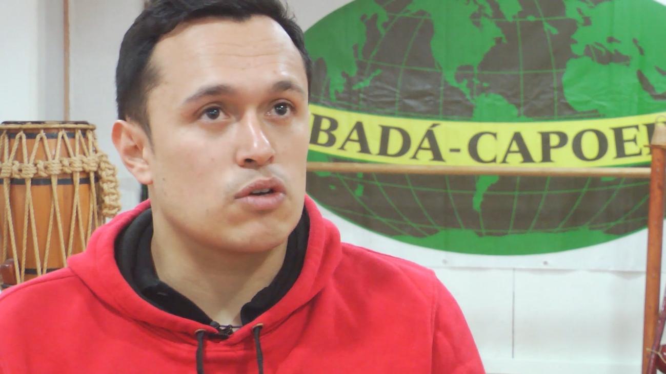 'El Gato' muestra el arte de la capoeira