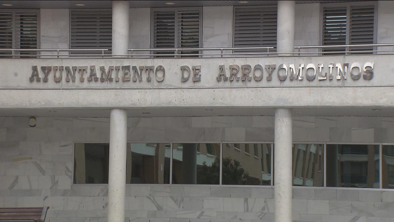 El PP denuncia que podrían llegar a  40 los contratos 'a dedo' en Arroyomolinos