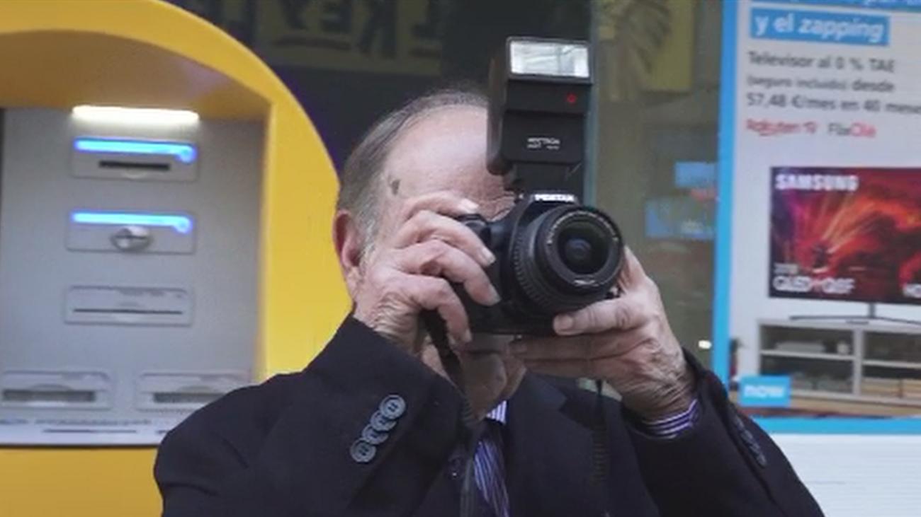 Joaquín, el último fotógrafo de la Gran Vía