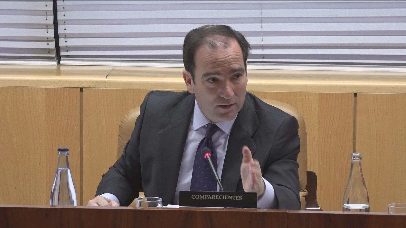 Carabante dice que Metro ha adjudicado ya un 20% del plan de retirada del amianto