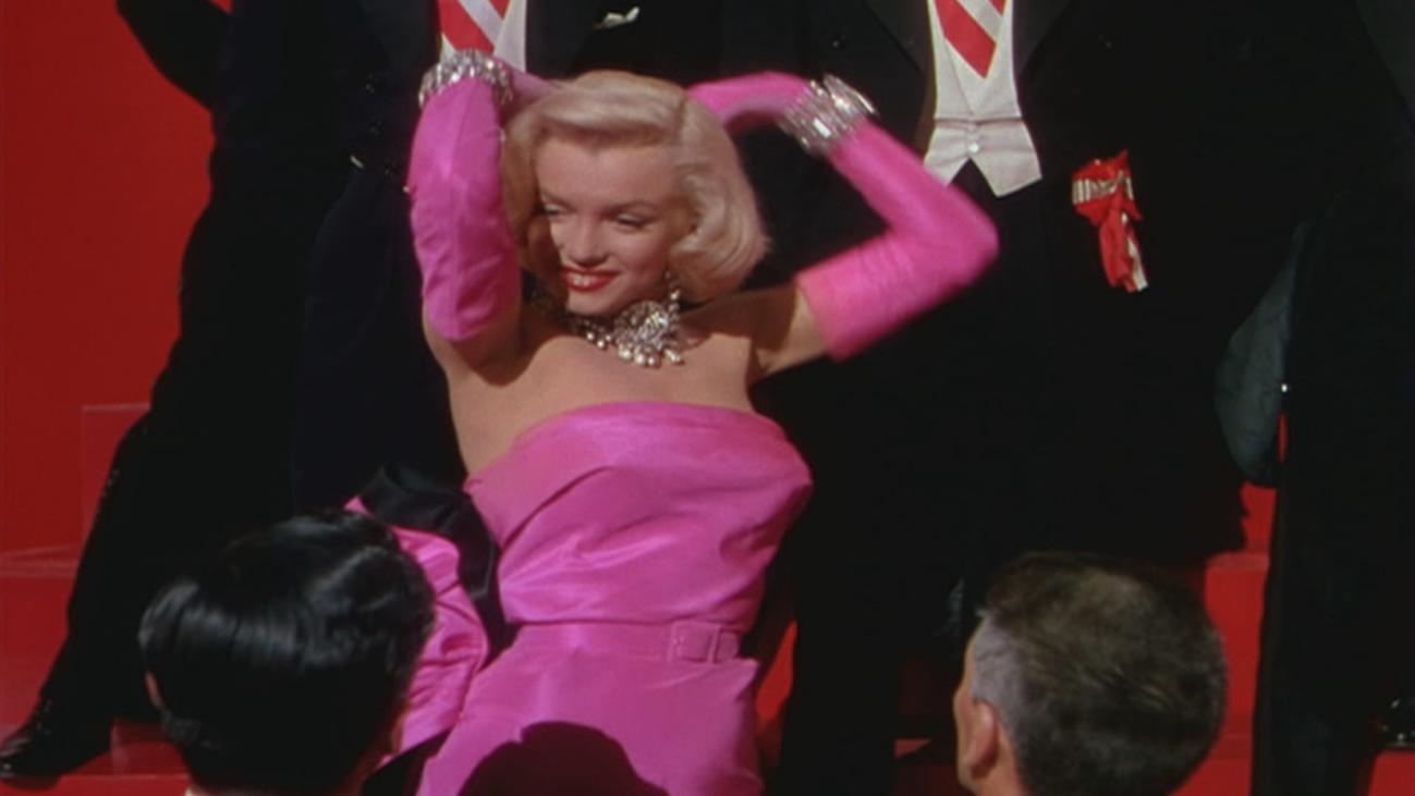 """""""Los caballeros las prefieren rubias"""", la película que instituyó la polémica frase """"hacerse la rubia"""""""