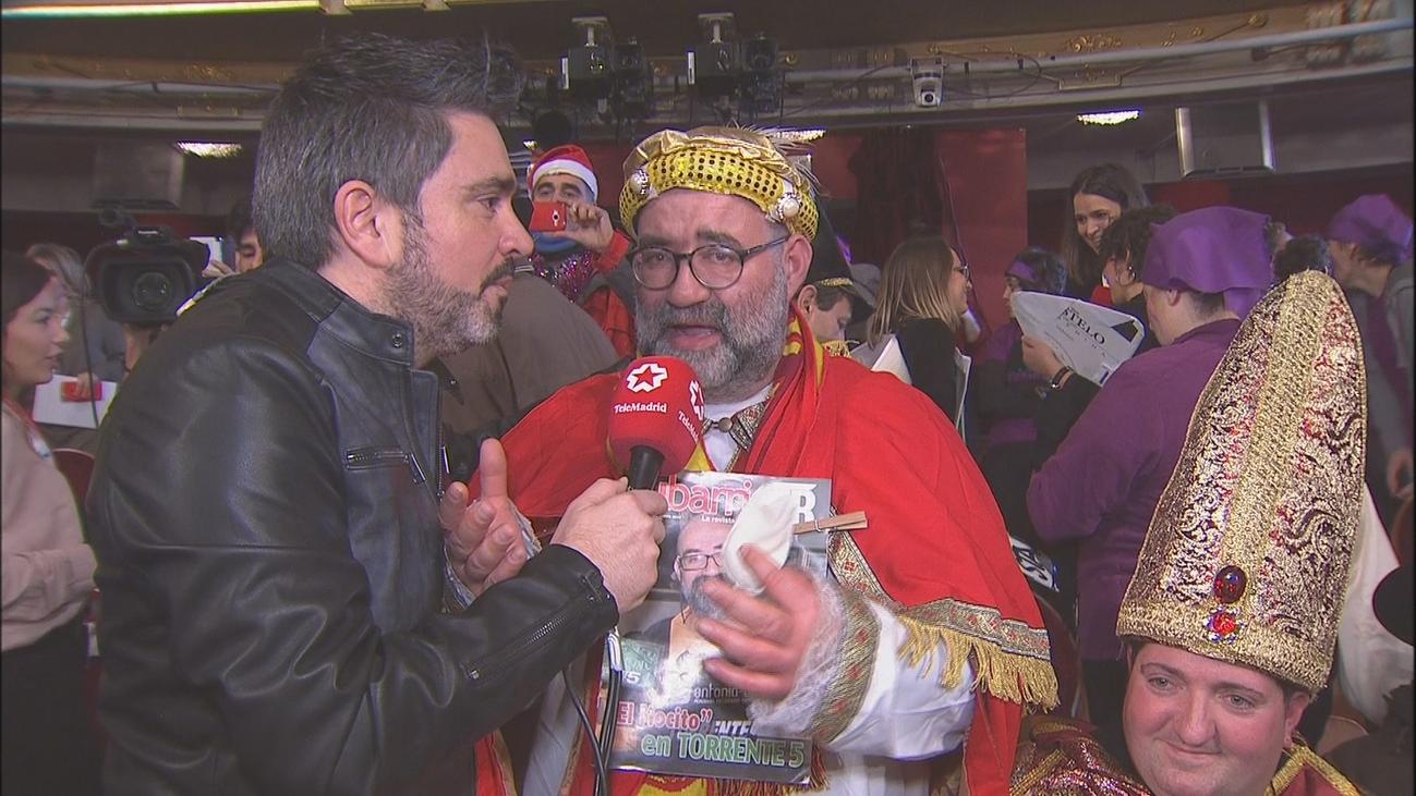 El Teatro Real se llena de disfraces para el sorteo de la Lotería de Navidad