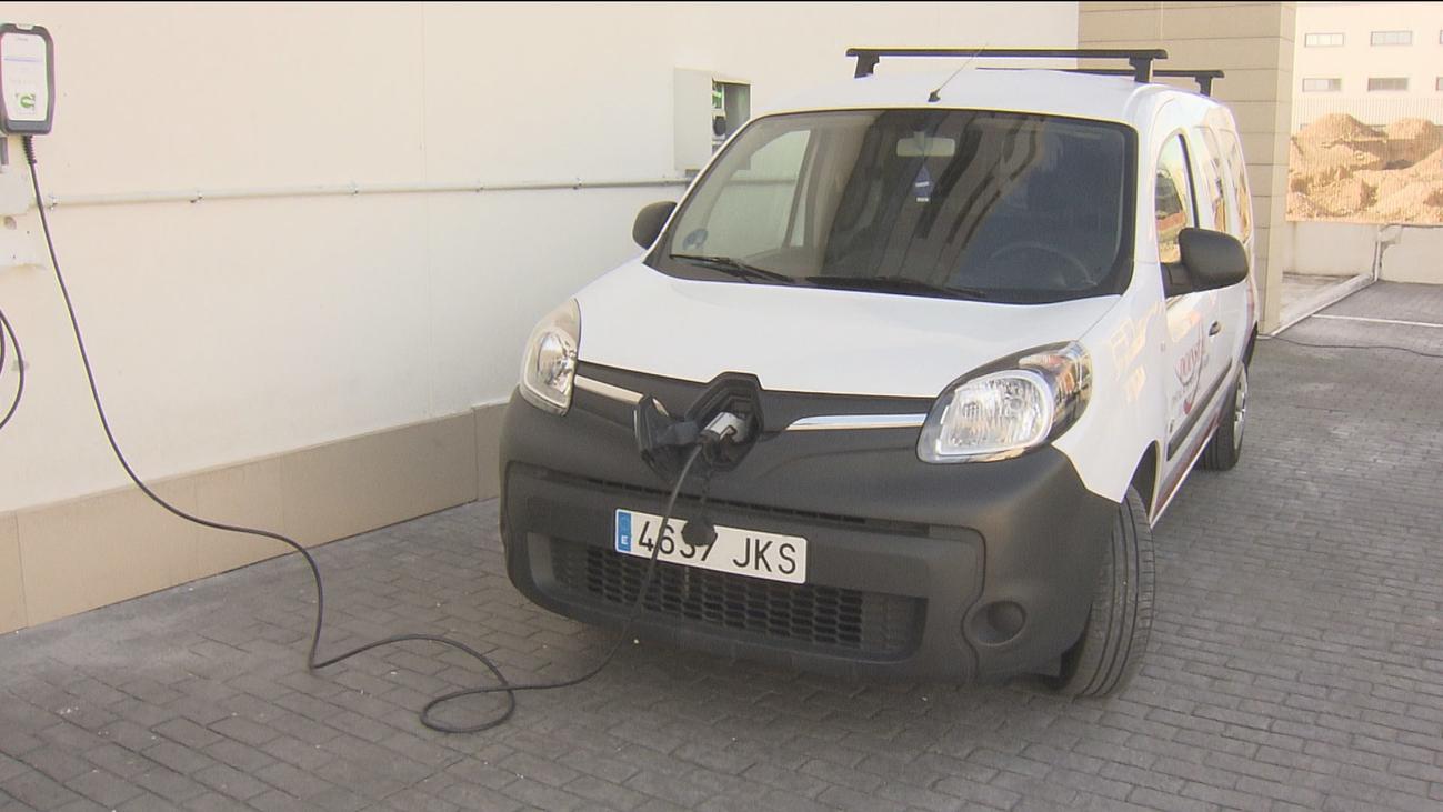 Garrido anuncia  nuevas ayudas para la compra de vehículos sostenibles