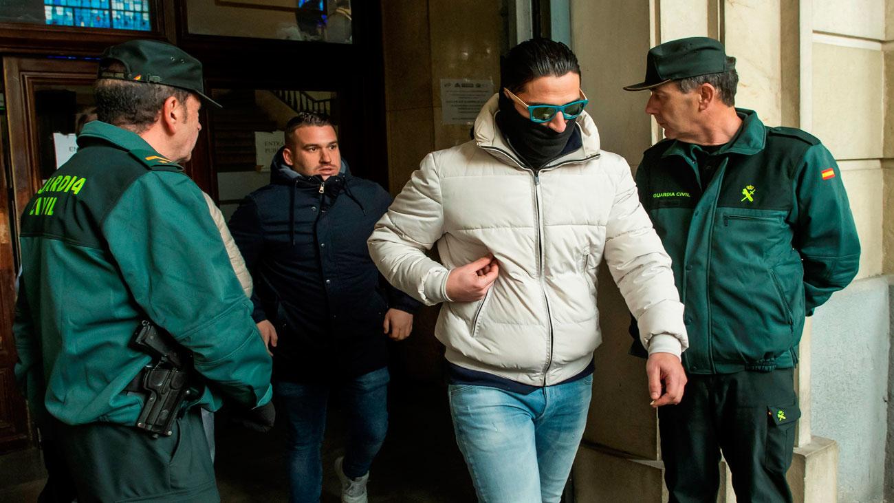 Piden la vuelta a prisión de la Manada por riesgo de fuga y reiteración delictiva