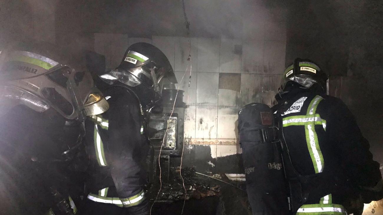 Un perro muere en el incendio de una casa en Casarrubuelos