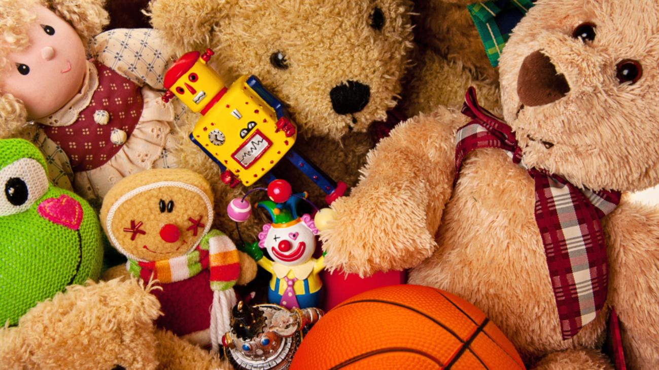 Retiran 9.603 productos navideños por incumplimiento de las normativas