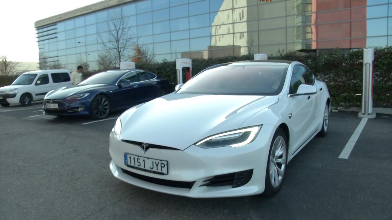 El coche eléctrico, todo un lujo