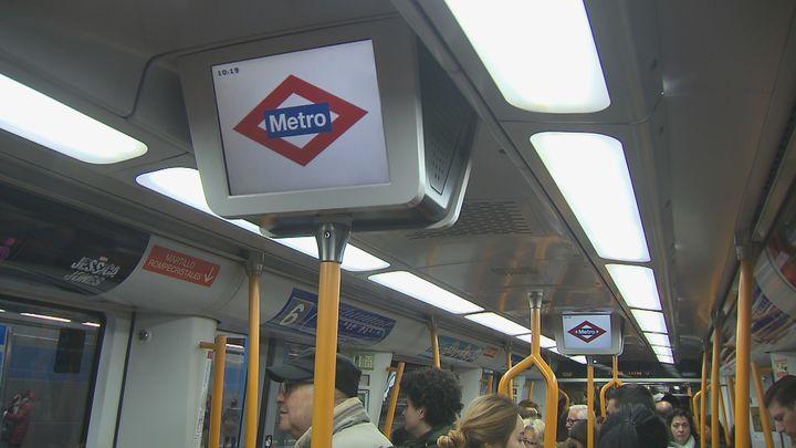 Metro refuerza nueve líneas por la Cabalgata de los Reyes Magos