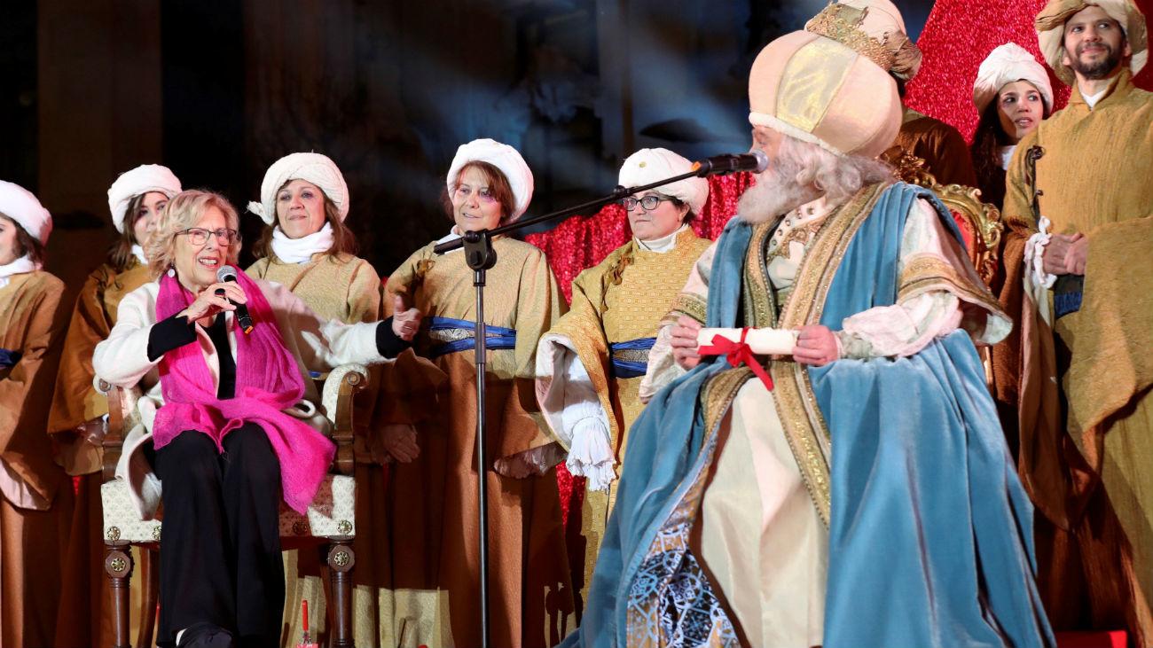 La Cabalgata de los Reyes Magos más inclusiva reparte ilusión en Madrid