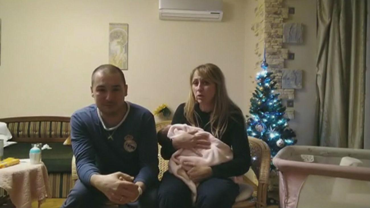 60 parejas con sus hijos atrapados en Kiev y en un limbo legal