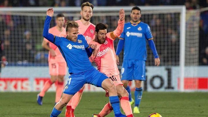 1-2. El Getafe cae con polémica con el Barça