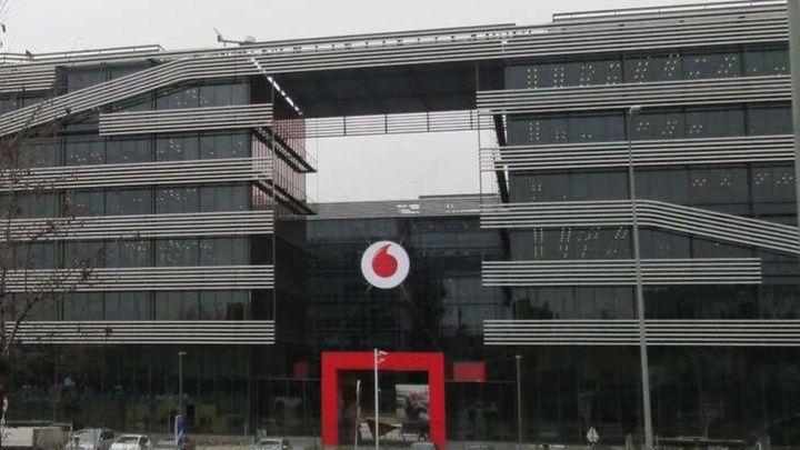 Vodafone España plantea despedir 1.200 empleados, el 24% de plantilla