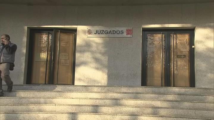 Piden quince años de prisión para los agresores sexuales de una chica en Villalba
