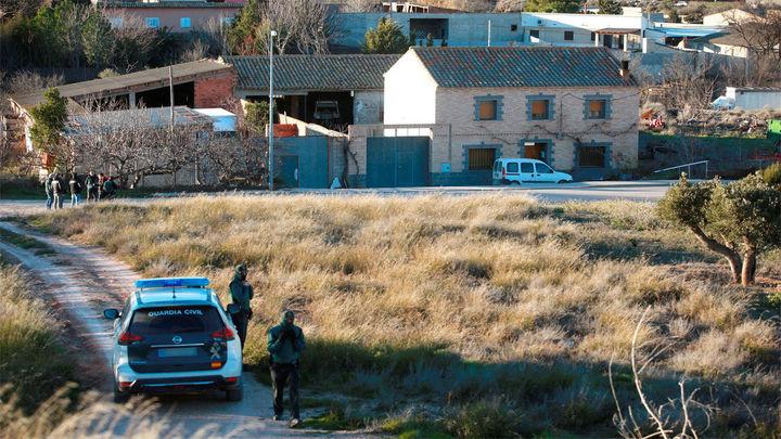 Detenido el hombre que se atrincheró en su casa tras matar a su madre en Fuentes de Ebro